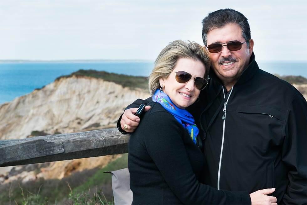 Schucry Kafie con su esposa la Señora Marlene Nasser