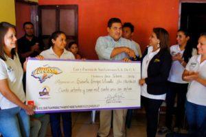 Schucry Kafie, Lufussa realiza donativo a escuela para ciegos